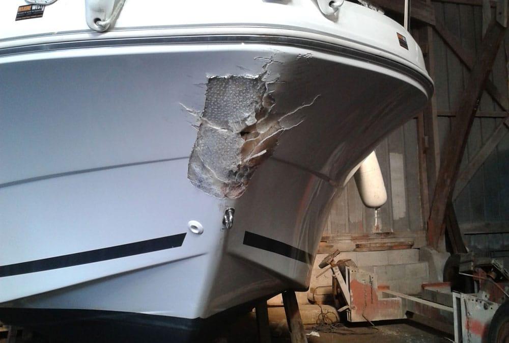 réparation bateau endommagé